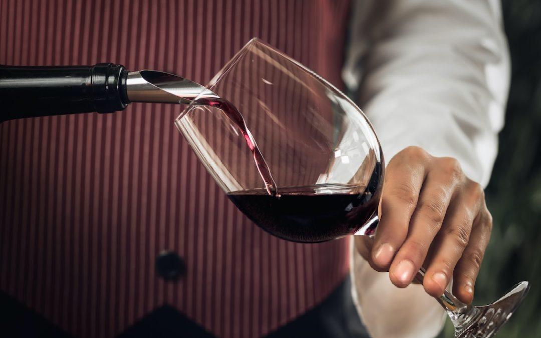 ¿Cómo elegir los mejores vinos para mi establecimiento?